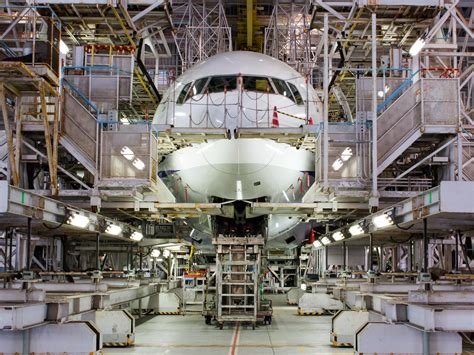 aircraft maintenance hangar a step by step guide to visiting the maintenance