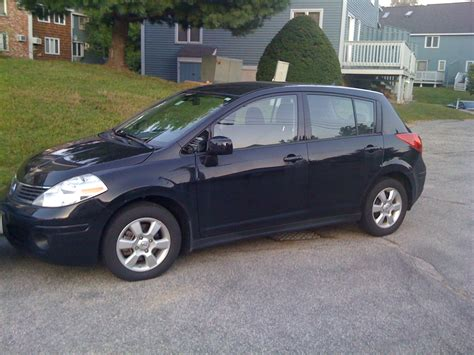 nissan versa blue 2009 2009 nissan versa hatchback pictures information and