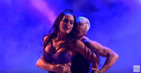 nikki bella necklace nikki bella brought the heat with a sexy samba on dwts