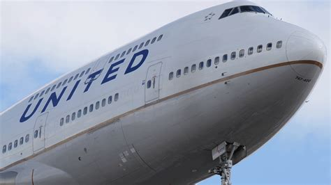 United Cargo Management Inc Is Forcibly Removed From Overbooked United Airlines