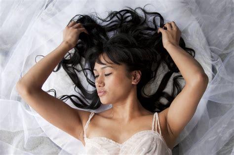alimenti per capelli sani e forti la dieta dei capelli 5 cibi per avere capelli sani forti