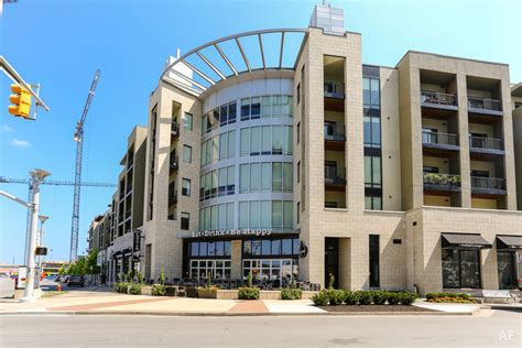 Appartments In Nashville by Velocity In The Gulch Nashville Tn Apartment Finder