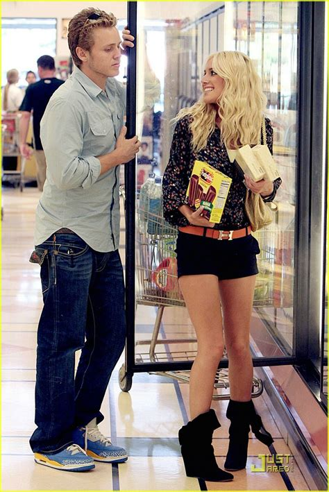 Heidi Goes Ring Shopping by Sized Photo Of Heidi Montag Spencer Pratt Grocery