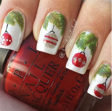 christmas decorated finger nails 36 wonderful nail designs