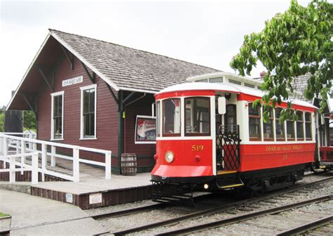 issaquah trolley rides the rails 4culture