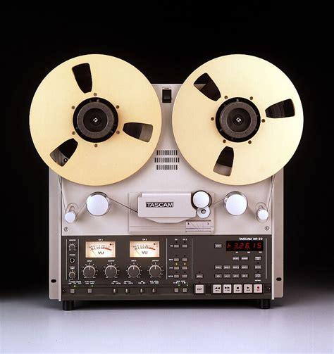 Which Is Better Vinyl Or Reel To Reel - reel to reel is the new vinyl the verge