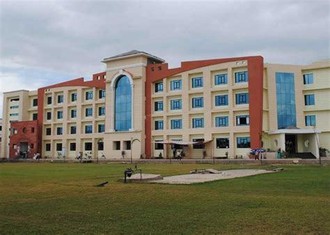 Gl Bajaj Mba by Top Management College Best Mba Pgdm College In Greater