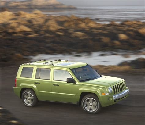 jeep patriot dimensions 2010 jeep patriot technical specifications and data
