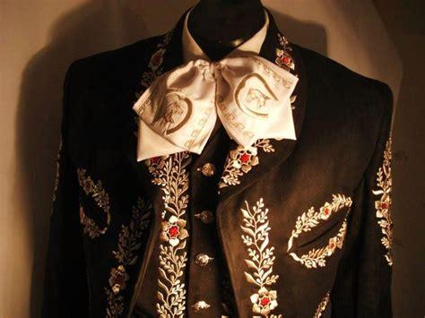traje de charro traje de charro bordado en hilo metalico traje de charro