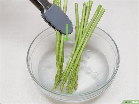 cucinare asparagi freschi 4 modi per cucinare gli asparagi freschi wikihow
