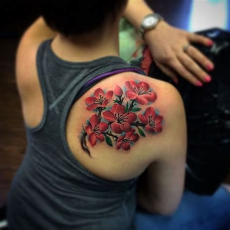 tattoo on shoulder blade cost 30 beautiful tattoos of flowers