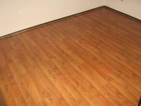 Best Laminate Flooring for Your House   Amaza Design