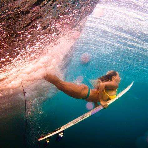 women duck surfing ipad wallpaper  iphone