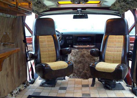 Handmade Interiors - shaggin wagon 1971 dodge tradesman b200