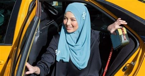 Kaca Mata Swarovski 13 kisah umie dan adli tudung paling popular di malaysia