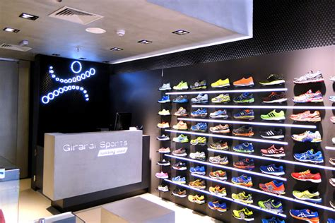 athletic shoe stores sports 187 retail design