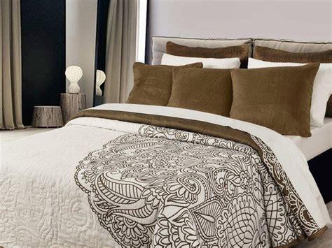 cojines de cama los cojines de cama complemento esencial en tu hogar