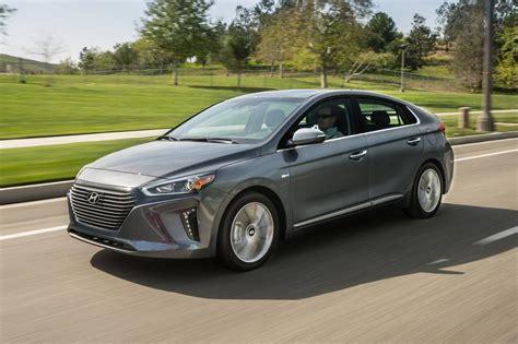 hyundai hatchback price 2017 hyundai ioniq hybrid hatchback pricing for sale