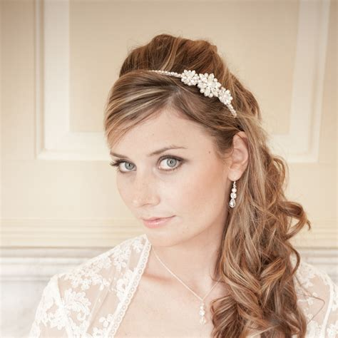 Wedding Hairstyles With A Headband by Wedding Hair With Headband Vizitmir