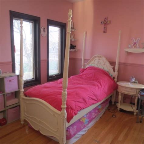 girls bedroom suite moving sale inside private home in whitestone ny starts
