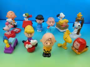 Halloween Toys 2015 The Peanuts Movie Set Of 12 Mcdonald S Happy Meal Kids Toys Video Review Youtube
