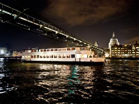thames river cruise london night bateaux thames dinner