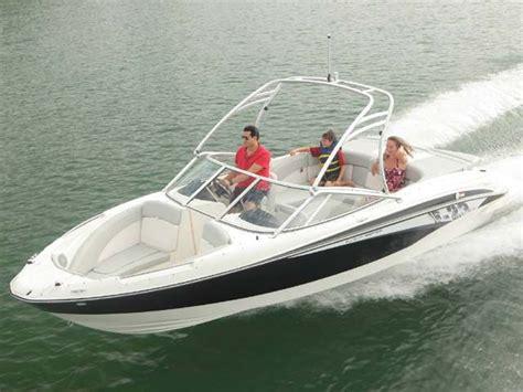 lake mead las vegas boat rentals lake mead boat rental rates power boats pontoon boats