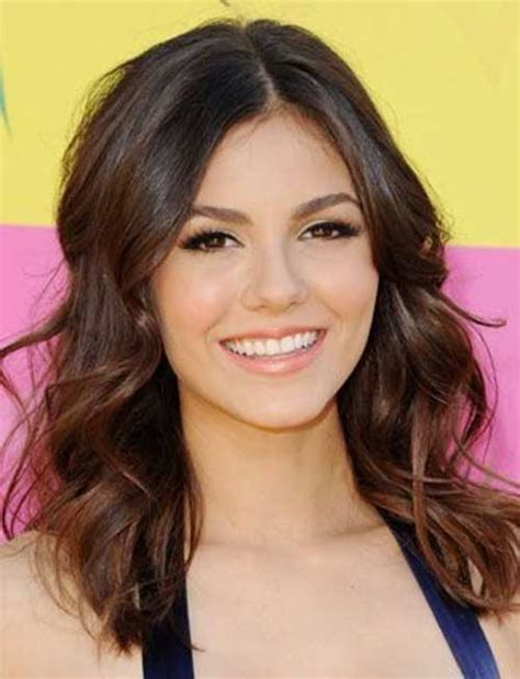 actresses with neck length haircuts neck length layered hairstyles newhairstylesformen2014 com