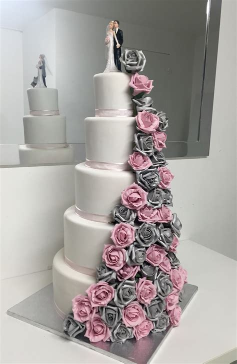 Marriage Cake by Mariage Cake En L Air