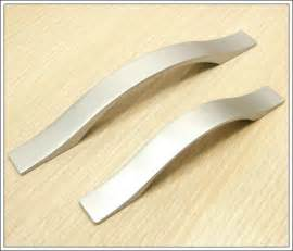 Cheap Handles For Kitchen Cabinets Cheap Cabinet Pulls Neiltortorella