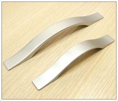Cheap Kitchen Cabinet Handles Cheap Cabinet Pulls Neiltortorella