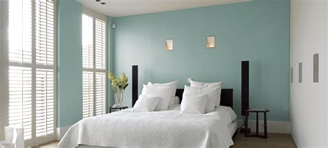 bedroom height full height plantation shutters ideal for bay windows uk