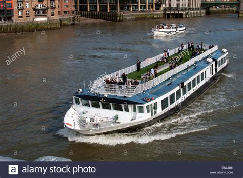 thames river cruise london england bateaux london cruise restaurant quot harmony quot on river thames