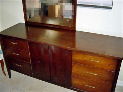 vintage mid century modern broyhill saga bedroom set