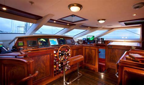 tiara sailboat sailing yacht tiara alloy yachts yacht harbour