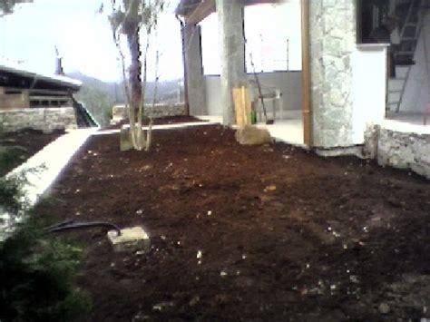rifacimento giardino foto rifacimento giardino con inpianto di irrigazione in