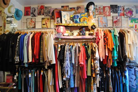 guide to edinburgh vintage and charity shops