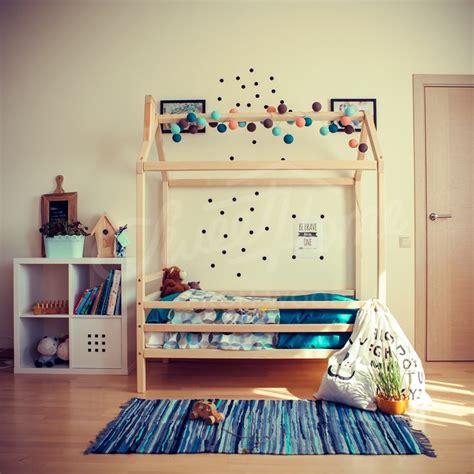 Montessori Floor Bed Frame 25 Best Ideas About Toddler Floor Bed On Toddler Beds Toddler Rooms And Floor