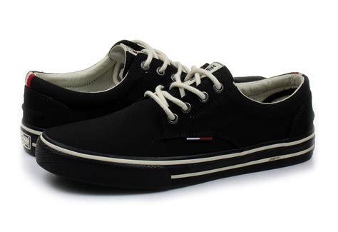 hilfiger shoes hilfiger shoes vic 1d 17s 0300 990 shop