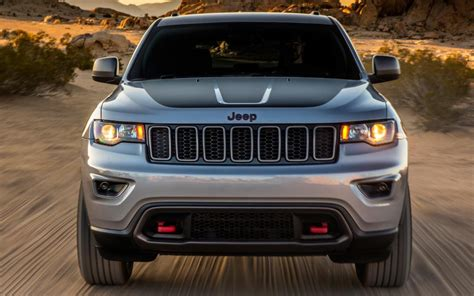 2018 jeep grand cherokee trailhawk comparison kia sorento sx 2018 vs jeep grand