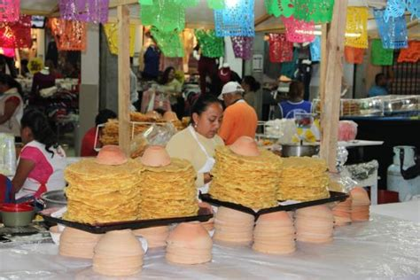 cocina oaxaca bunuelos offered at a street stand picture of la cocina