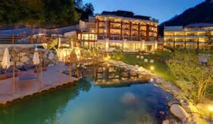 lörrach schwimmbad öffnungszeiten hotel mit schwimmbad in s 252 dtirol meran hotel quellenhof