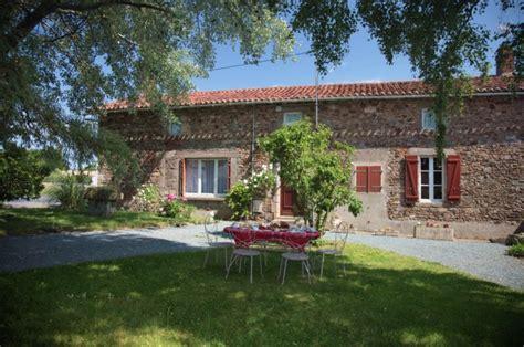 Charmant Chambre D Hote Puy Du Fou Pas Cher #2: montage1-1200-700x464.jpg