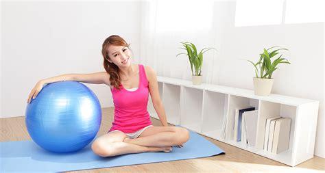 tutorial yoga di rumah pristine