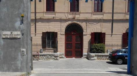 casa circondariale messina droga consegnata nel carcere di termini due arresti nel