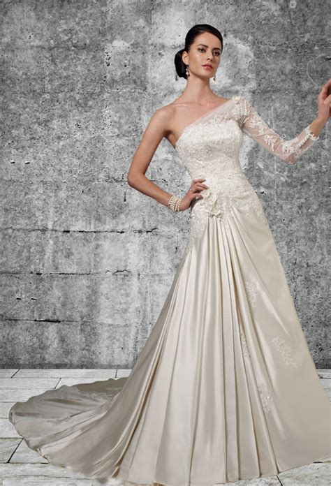 ivory color dress meaning of the colored wedding dresses weddingelation