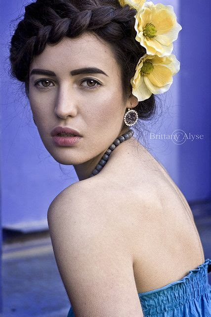 Frida Kahlo Hairstyle by Frida Kahlo Inspiaration Hair Style Great Faces