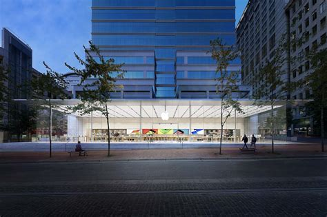 store portland apple store pioneer place architect magazine bohlin