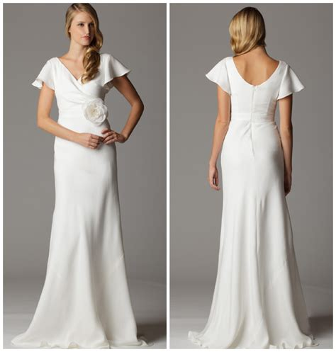 Sleeves Wedding Dresses by Wedding Experts For Top 10 Wedding Gowns Rustic