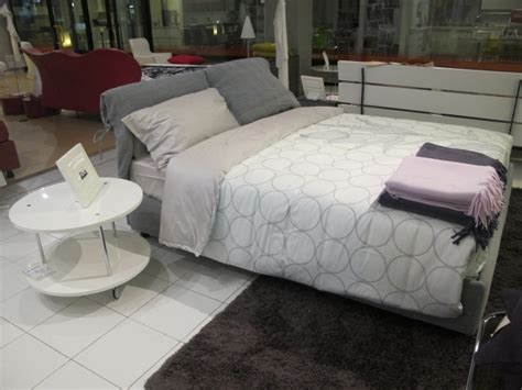 rivestimento letto flou nathalie letto flou nathalie scontato 35 letti a prezzi